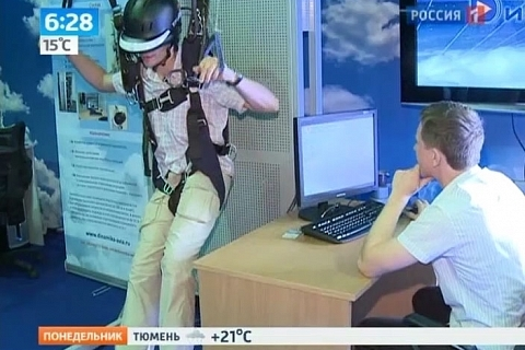 Vesti.Ru / Paratrooper simulator: no need in plane (simulator developed in CSTS Dinamika)